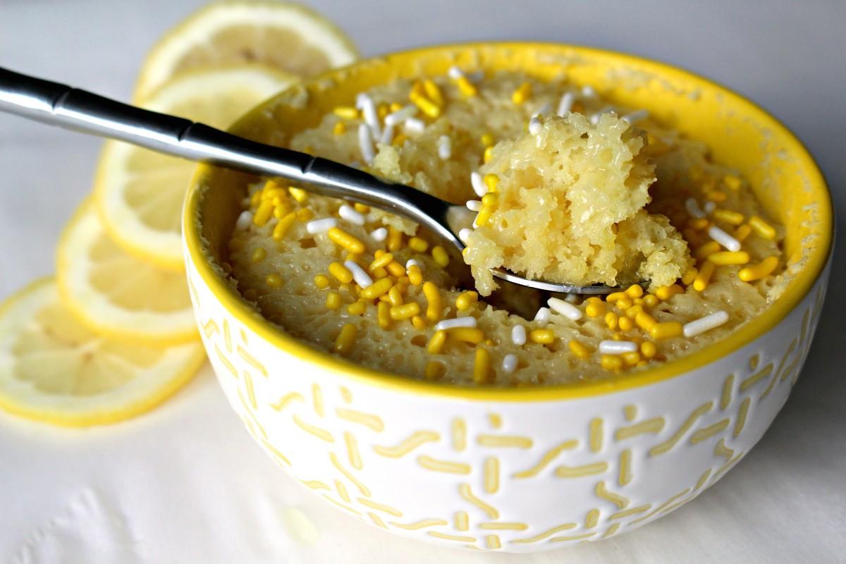 Bizcocho de limón al microondas